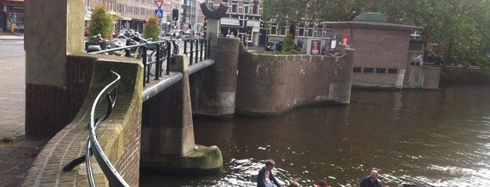 Oude Kinkerbrug (Brug 169) is one of Bridges in the Netherlands.
