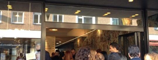 De IJssalon is one of #010 op z'n #Rotterdamst.