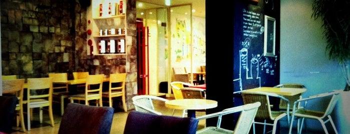 Cafe & Bakery