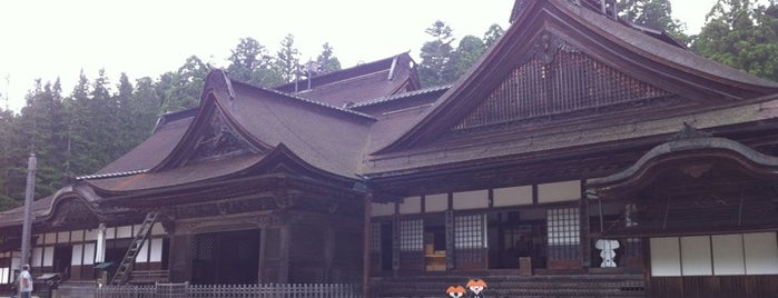 高野山 金剛峯寺 is one of Japan must-dos!.