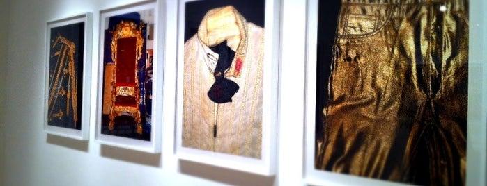 Foley Art Gallery is one of warhol.