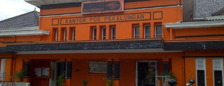 Kantor Pos Pekalongan 51100 is one of Pekalongan World of Batik.