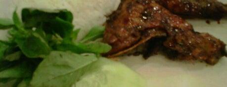 Ayam Tulang Lunak Hayam Wuruk is one of Tempat Makan Enak.