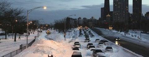 Snowpocalypse 2011: Chicago Edition is one of Apocalypse Now!.
