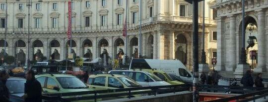 Metro Repubblica - Teatro dell'Opera (MA) is one of Muoversi a Roma.