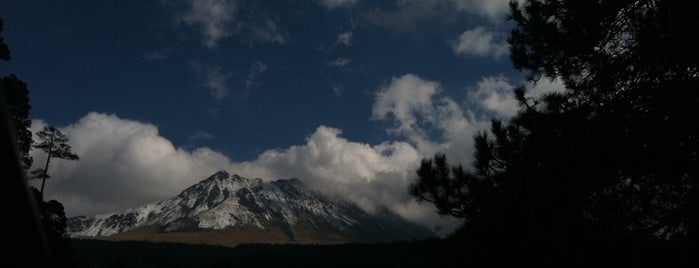 Nevado de Toluca is one of Lugares para correr.