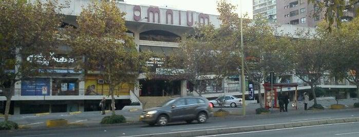 Centro Comercial Omnium is one of Shopping en Stgo..