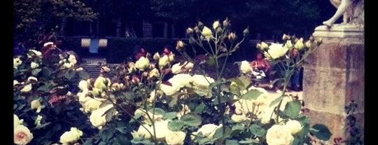 Jardin du Palais Royal is one of Parcs & Jardins de Paris.