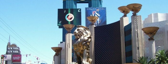MGM Grand Lion Statue is one of Check-In.