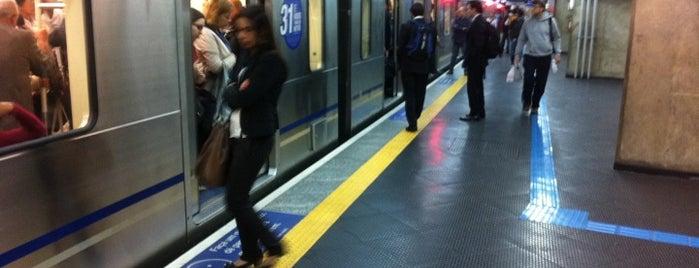 Estação Paraíso (Metrô) is one of Listas de metro.