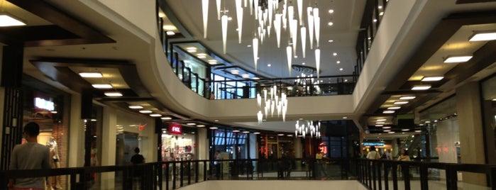 Greenbelt 5 is one of Malls.