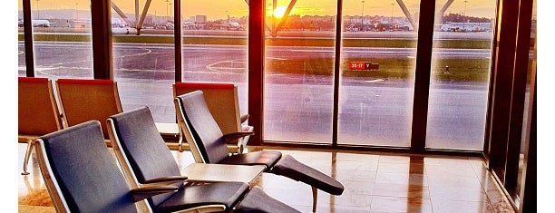 Lisbon Humberto Delgado Airport (LIS) is one of I Love Airports!.