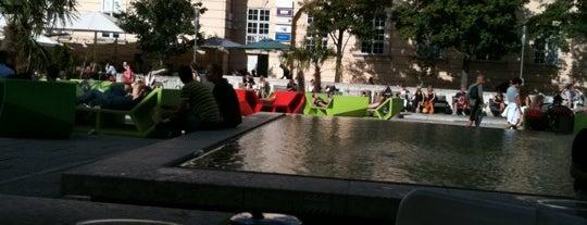 Café Leopold is one of Essen & Trinken im MQ.