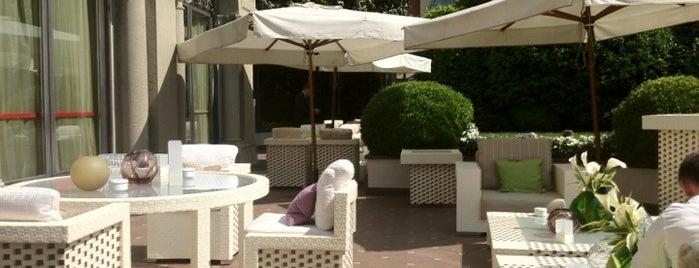 Hotel Principe di Savoia is one of 101Cose da fare a Milano almeno 1 volta nella vita.