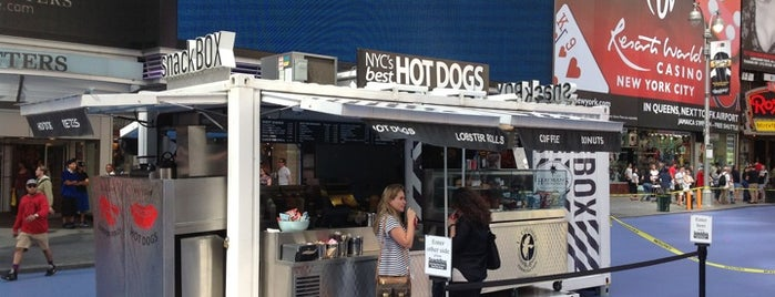 Hot Dog Cart is one of Ferias USA 2012.
