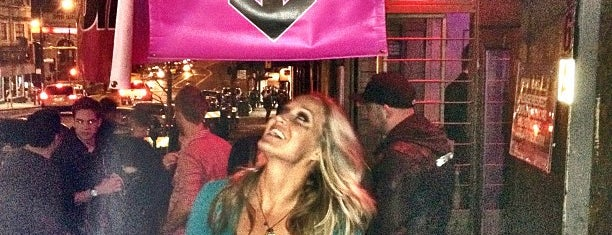 QBar is one of Top 10 Bars/Clubs in San Francisco!.