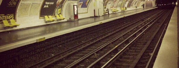 Métro Bonne Nouvelle [8,9] is one of Stations de metro a Paris.