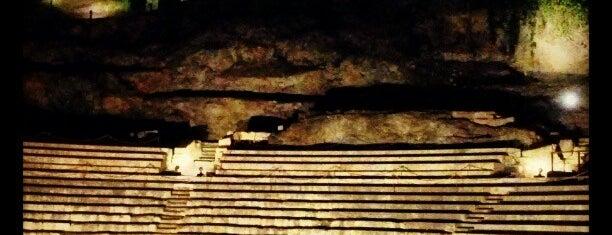 Teatro Romano is one of 101 cosas que ver en Málaga antes de morir.