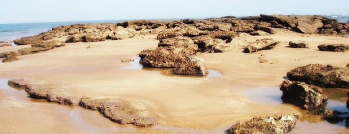 French Beach is one of Guide to karachi's best spots.