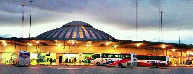 Terminal de Autobuses de Pasajeros de Oriente (TAPO) is one of Terminales de Autobuses y Aeropuertos.