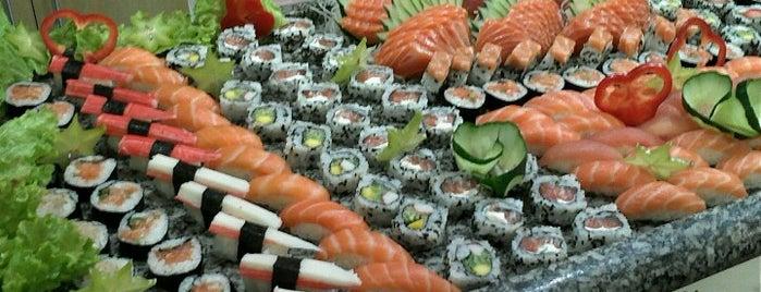 @Bonsai_Sushi is one of Santos Japonesa.