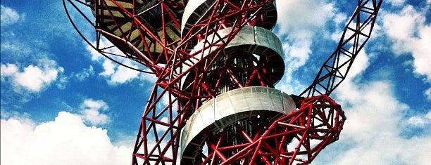 ArcelorMittal Orbit is one of Summer in London/été à Londres.