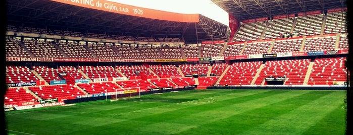 Estadio Municipal El Molinón is one of Las vistas de Gijón.