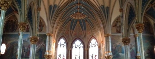Cathedral Of St. John The Baptist is one of Savannah.