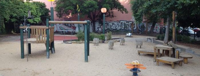 Spielplatz is one of Spielplätze.