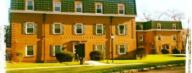 Brookville Residence Hall - LIU Post is one of LIU Post Locations.