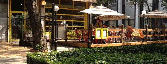 Bareburger is one of NYC Restaurants With Outdoor Seating.