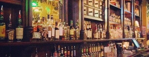Maewyn's Irish Pub & Restaurant is one of Watering Holes.