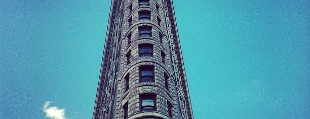Flatiron Building is one of Modern architecture in nyc.