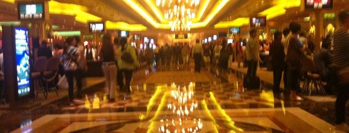 The Venetian Macau Resort 威尼斯人度假村 is one of CASINOS.