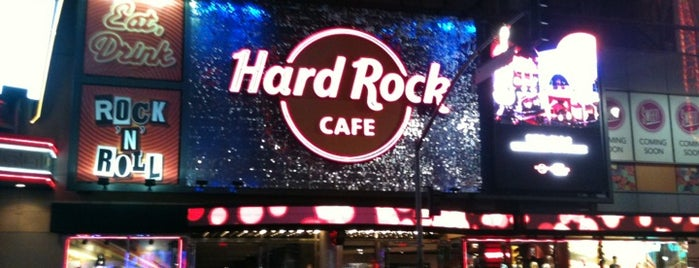 Hard Rock Cafe Hollywood on Hollywood Blvd is one of HARD ROCK CAFE'S.