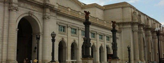 Union Station is one of Train Stations.