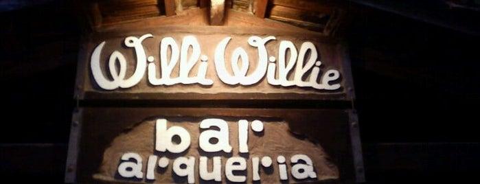 Willi Willie Bar e Arqueria is one of Lugares para Conhecer e Comer.