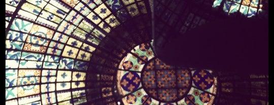 Printemps Haussmann is one of Shopping Paris.
