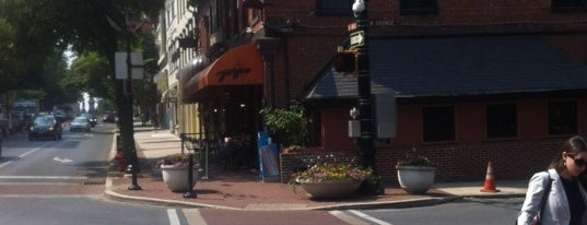 Yorgos Restaurant & Lounge is one of Lancaster.