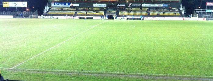 Lommel United is one of Jupiler Pro League and Belgacom League - 2013-2014.