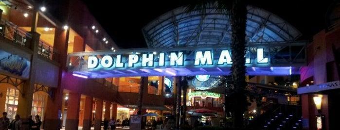 Dolphin Mall is one of Mis lugares más queridos !.