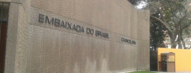 Embajada de Brasil is one of pendientes.
