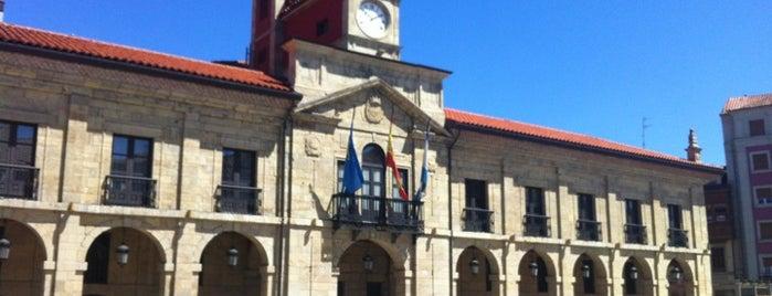 Plaza de España is one of Guide to Avilés's best spots.