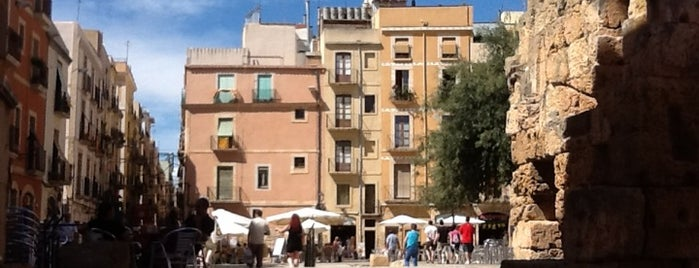 Plaça del Fòrum is one of Llocs clau de Tarragona.