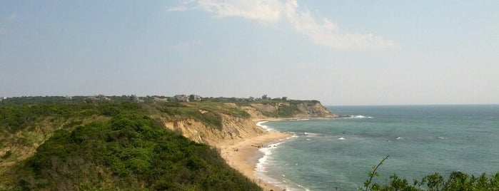 Block Island, RI is one of Mini Family Vacations.