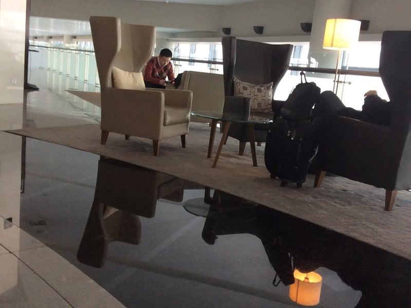 Air China Domestic Lounge V8 Shanghai Hongqiao