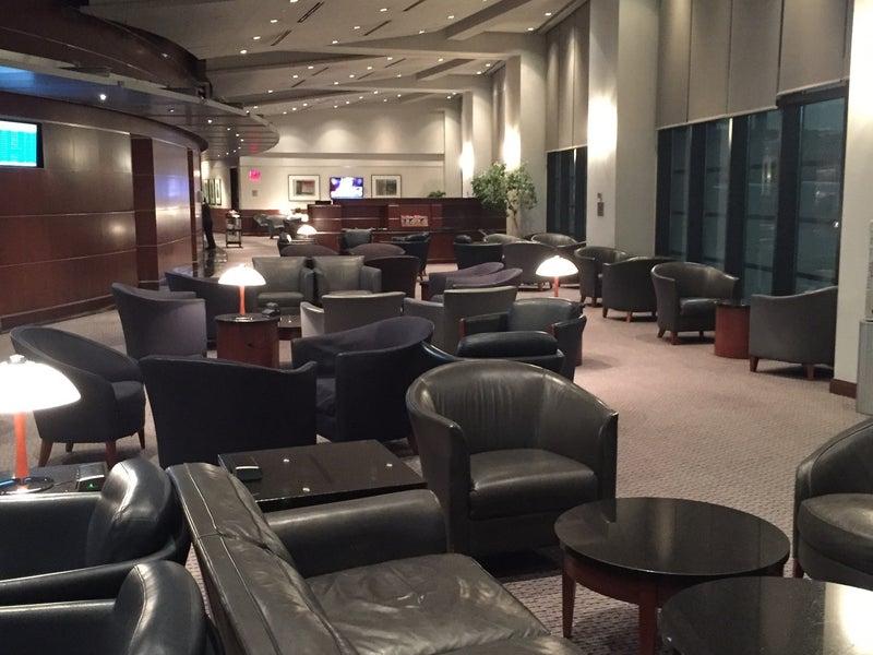 American Airlines Admirals Club Boston Ma Logan
