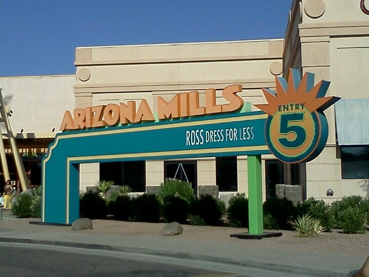Arizona mills 5000 s arizona mills cir in tempe az Arizona mills mall aquarium