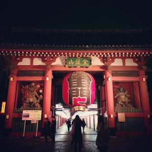 浅草寺 雷門 (Kaminarimon Gate)