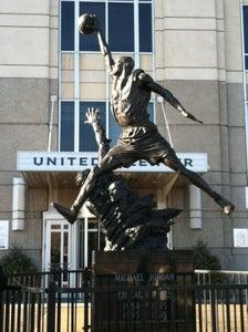 Michael Jordan Statue